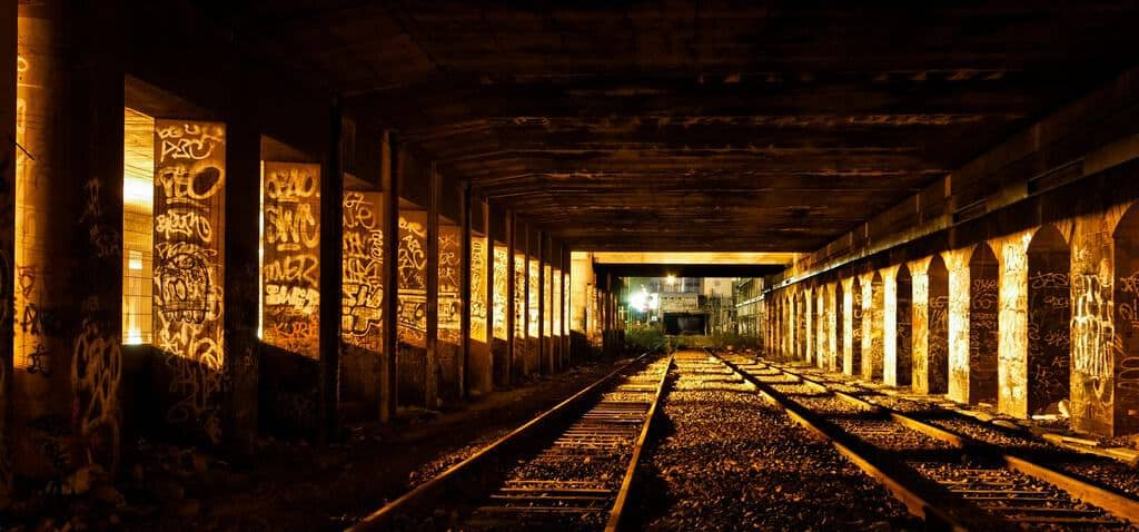 Le Petit Ceinture, a disused railway in Paris