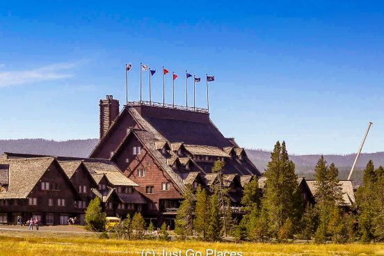 Old Faithful Inn in Yellowstone