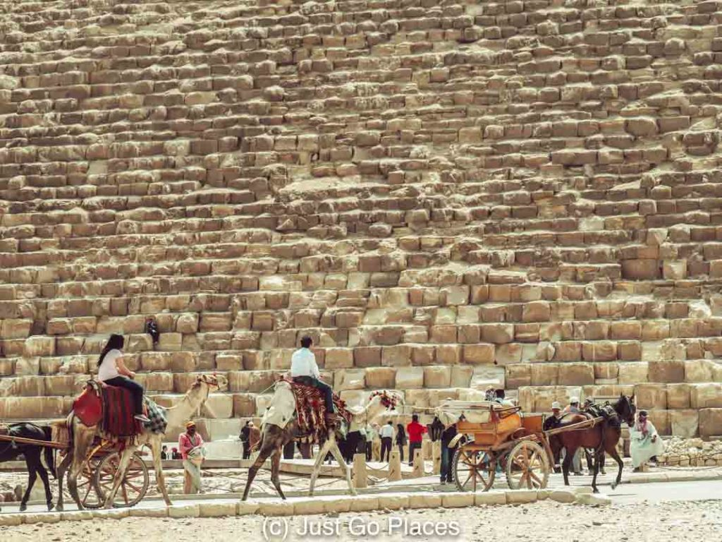 Tips for visiting the Giza pyramids