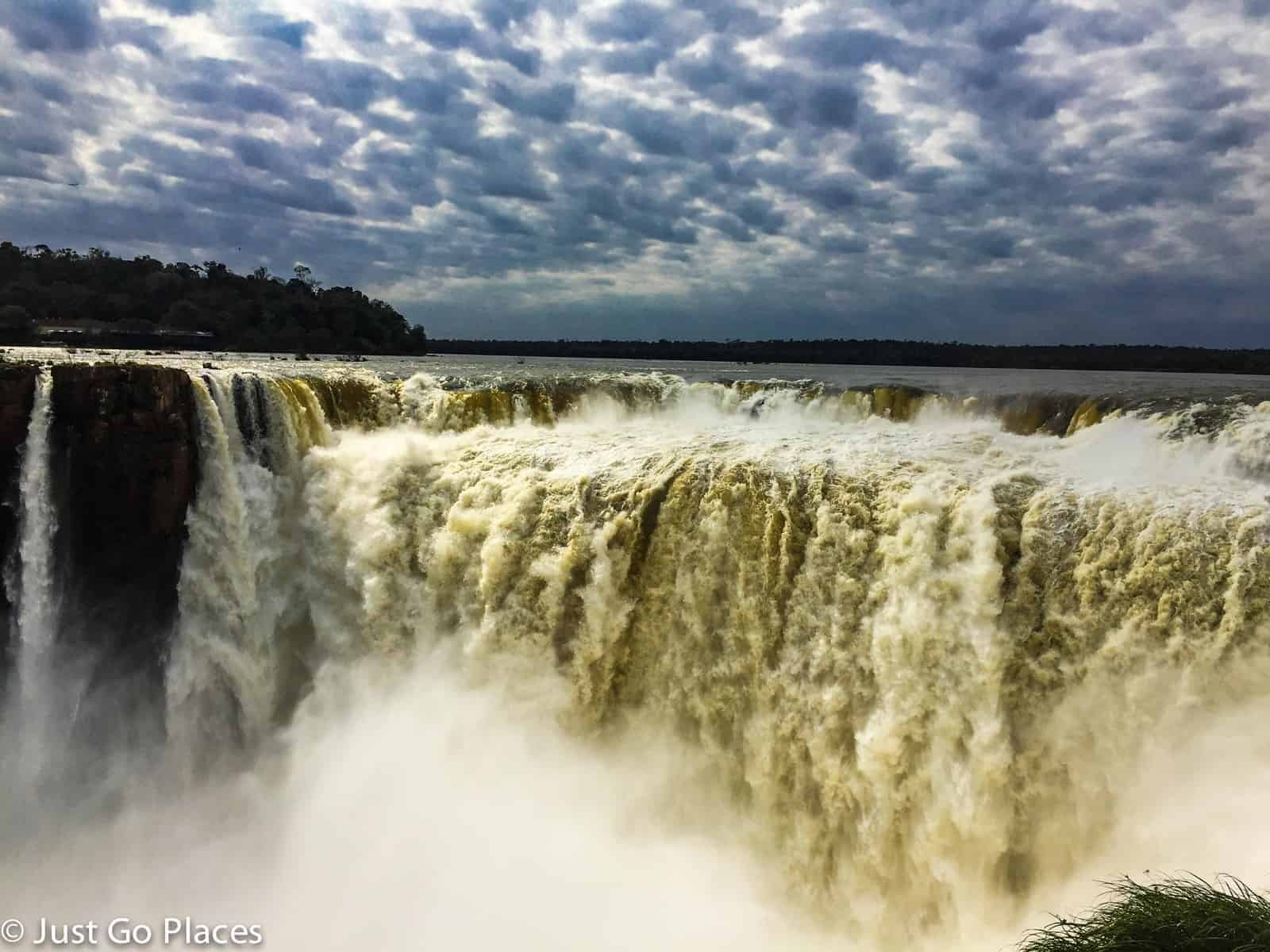 Iguazu Falls Facts - 10 amazing things to see in iguazu national park argentina