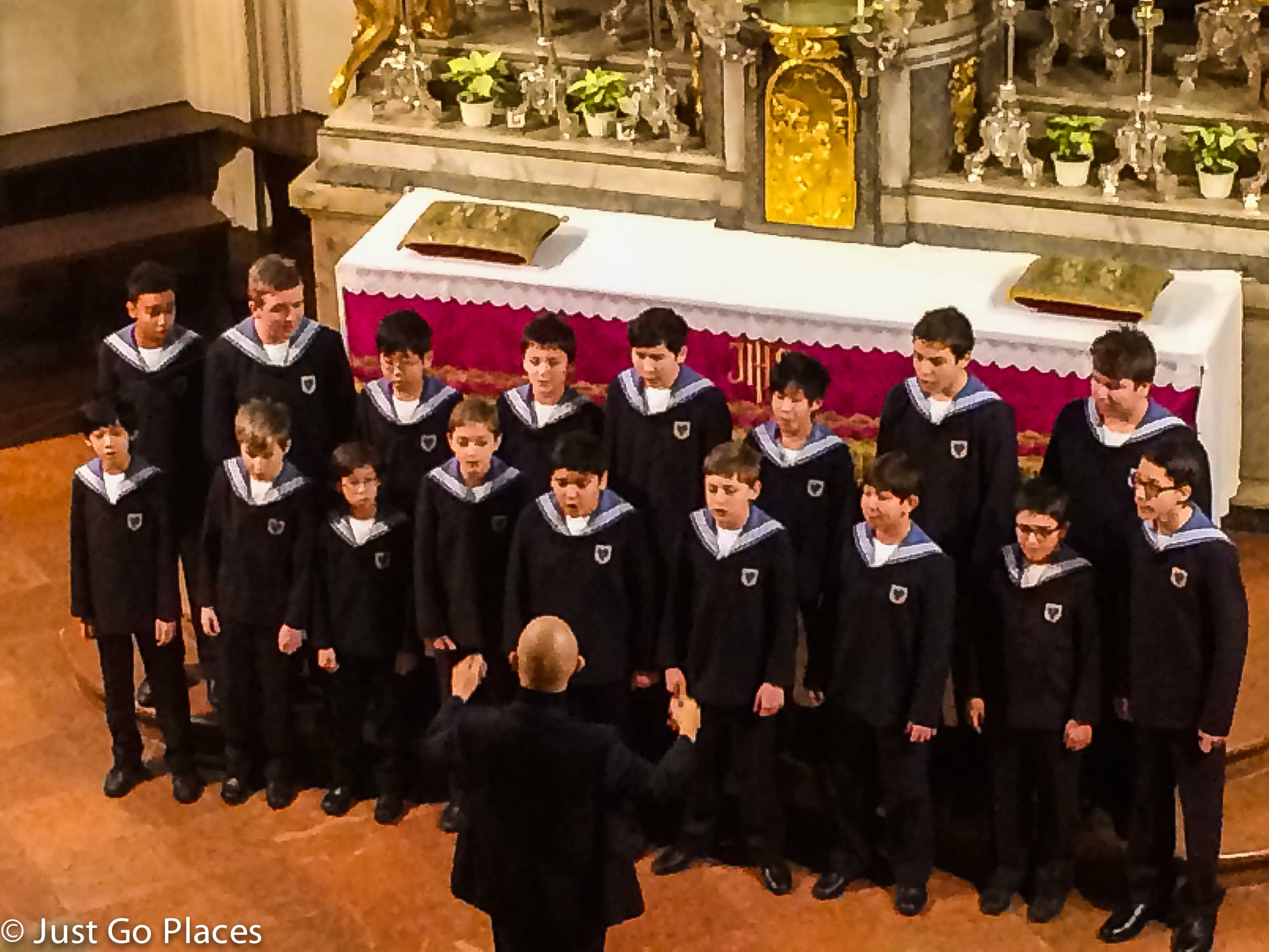 Vienna Choir Boys Performance