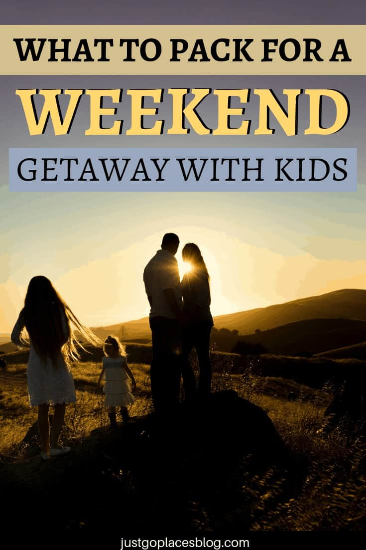 How to travel carry on only with kids: do you think it's impossible? It's not! Read this guide to learn about carry on packing, carry on bag essentials, and how to travel carry on tips. You'll find also a list of what to pack for a weekend getaway with kids. #carryon #carryononly #lighttravels