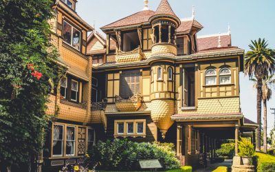 Kooky But Not Very Spooky:  The Winchester Mystery House in San Jose