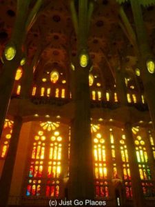 Fun Facts About The Most Famous Church in Barcelona, La Familia Sagrada