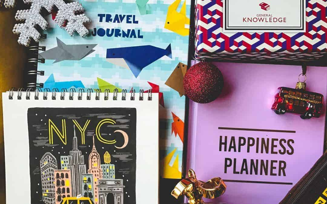 25 Small Gift Ideas for Christmas For Travel- Loving Family and Friends