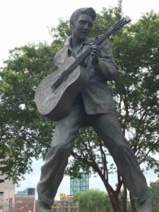 Elvis Statue in Memphis Tennessee