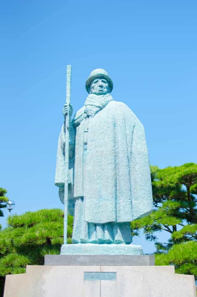 A statue to the pioneering of pearl cultivation on Mikimoto Pearl Island
