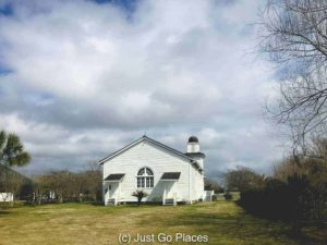 Antioch Baptist Church at Whitney Plantation | New Orleans Plantation Country | Louisiana plantation homes | Whitney Plantation tour | #roadtripUSA #visitLouisiana #DeepSouth #NOLAplanatations #WhitneyPlantation