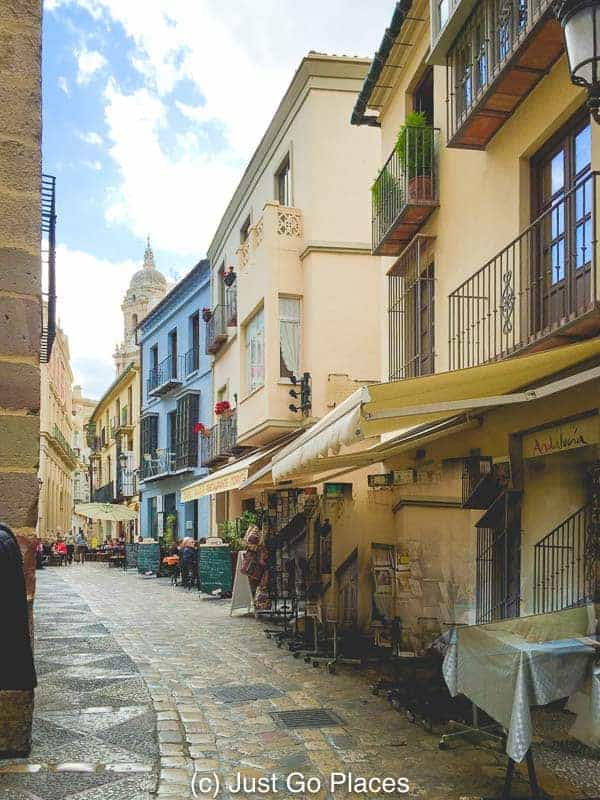 A quiet back street in Malaga