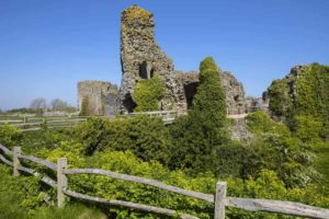 The ruins of Pevensey Castle have seen a mind-boggling 1600 years of history!