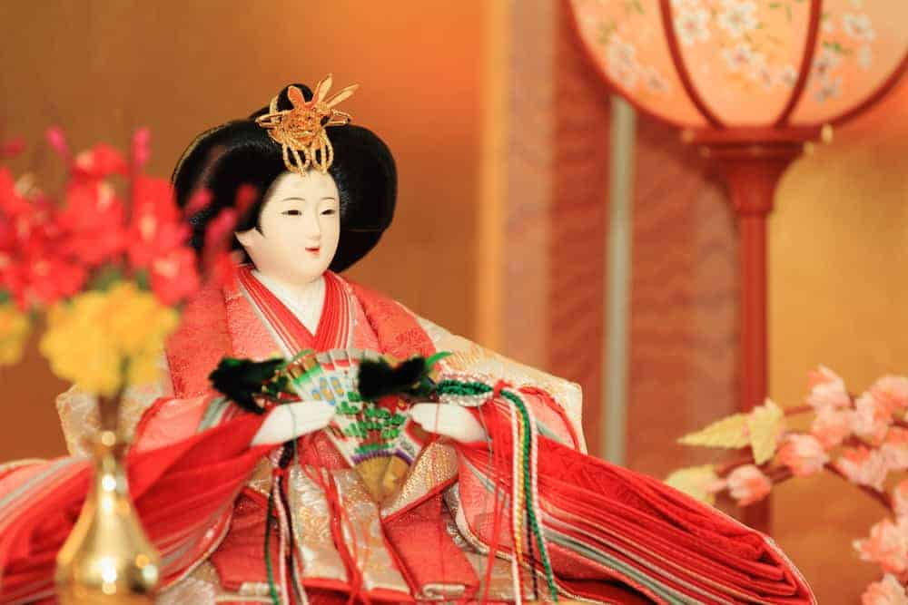 You can see how detailed and beautiful a Hina doll can be in this version.