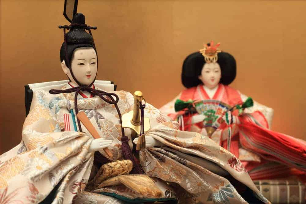 Japanese antique dolls like these Hina dolls make cool Japanese souvenirs