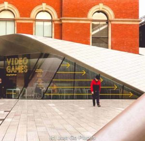 The modern entrance to the V&A Museum, undoubtedly one of the best free museums in London