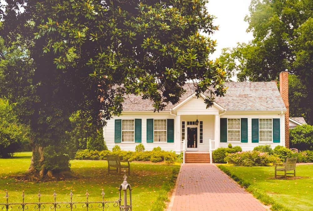 Some Fun Facts About the Birthplace of Helen Keller at Ivy Green, Tuscumbia Alabama