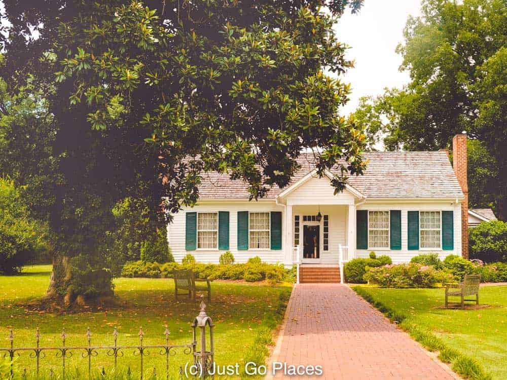 Ivy Green is a small but gracious plantation house.