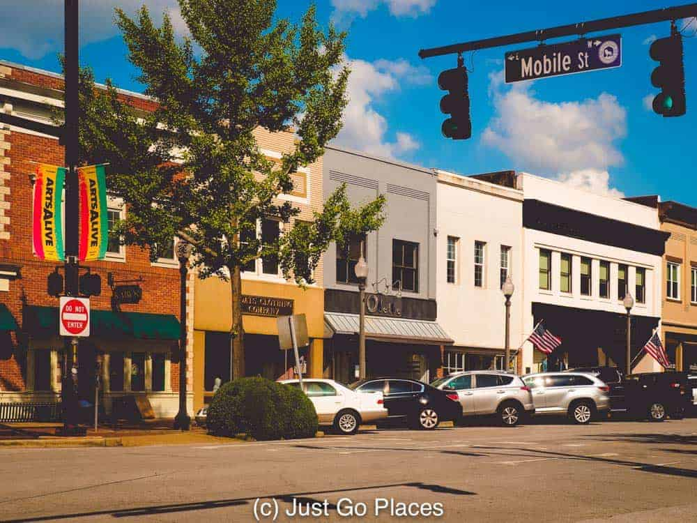 The charming town of Florence Alabama is host to many interesting tourist sites.