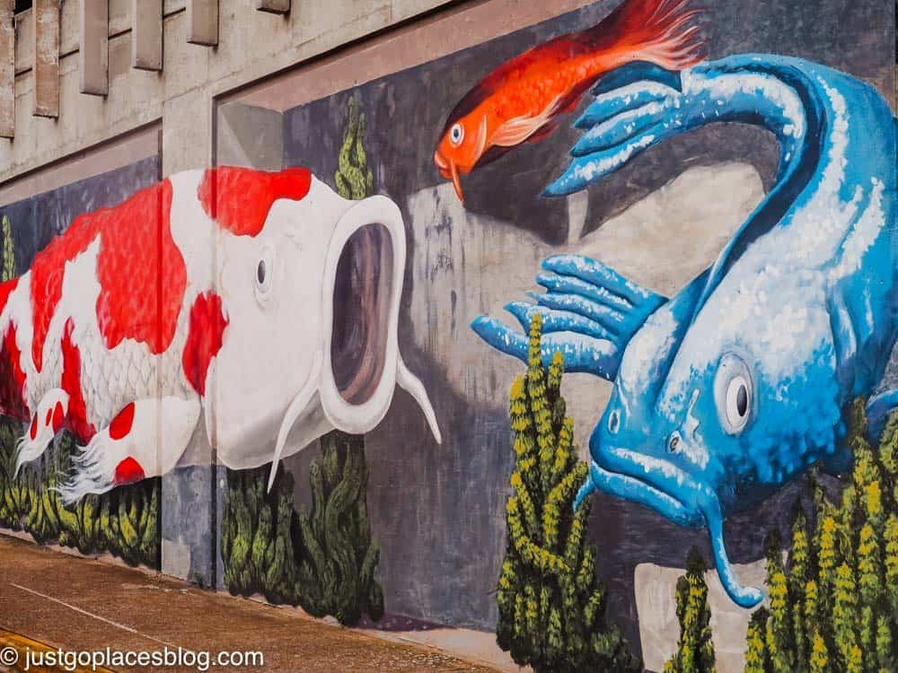 3D street art with fish