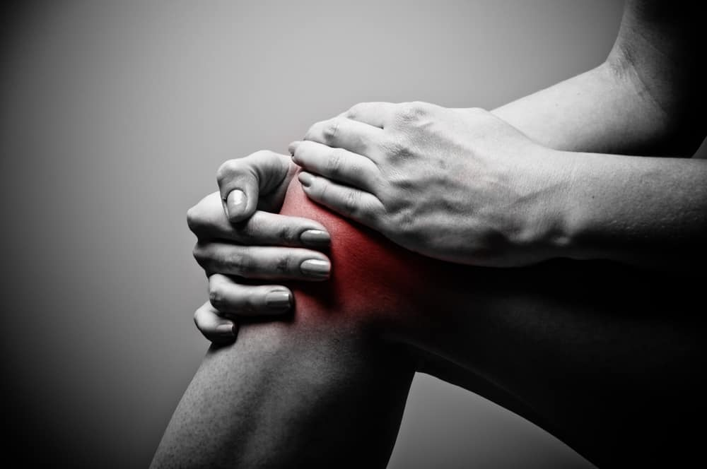 an inflamed knee showing joint pain