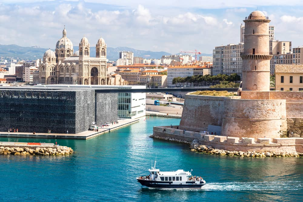 Warm holiday destinations in February in Europe include places like Marseille in the south of France