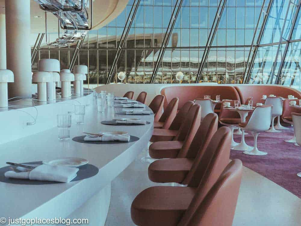 curved dining area and restaurant at TWA Hotel restaurant