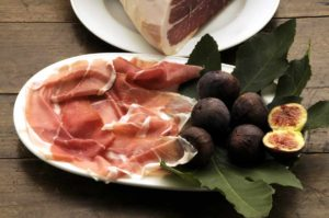 prosciutto San Daniele with figs