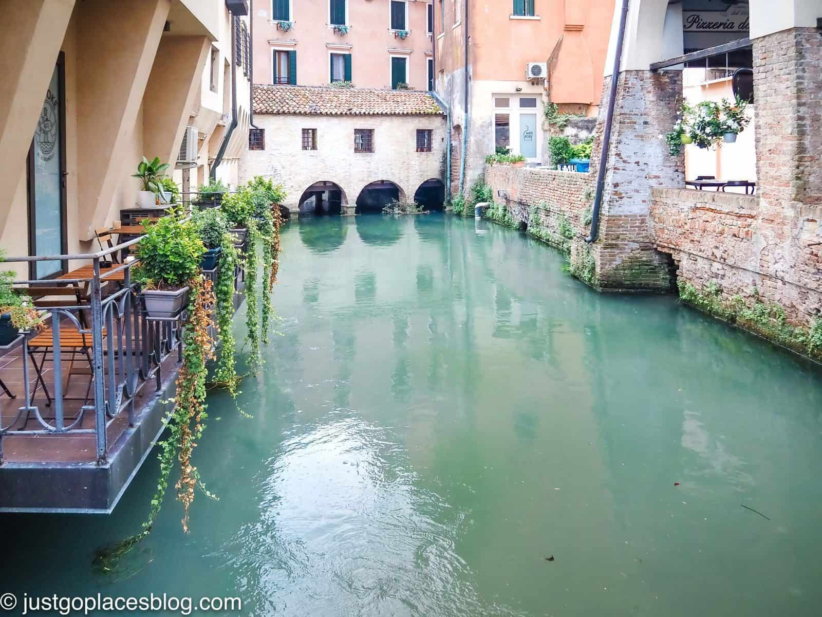 Treviso restaurant on a canal